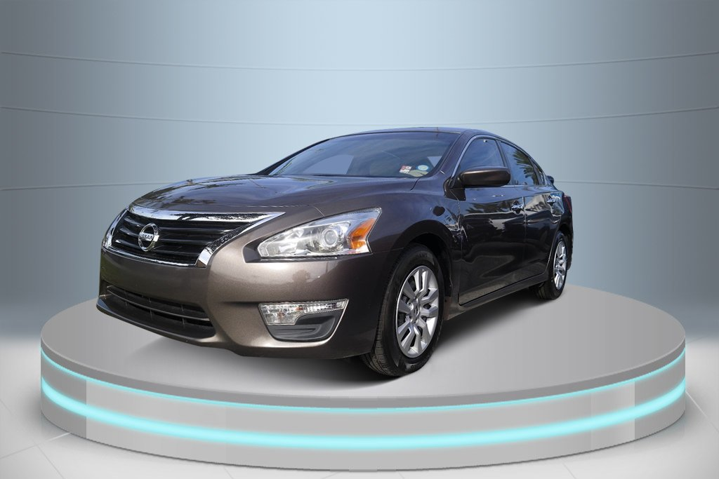 Pre-Owned 2013 Nissan Altima 2.5